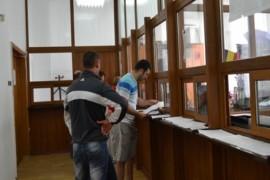 Locuitorii din Mioveni, scutiți de penalități pentru datoriile restante la primărie